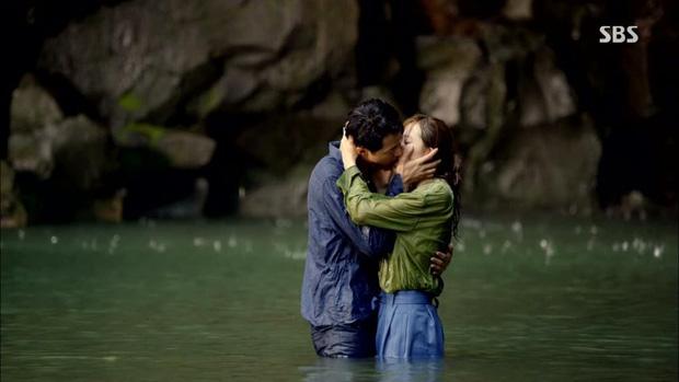 5 cặp màn ảnh tình như hẹn hò thật: Hyun Bin - Son Ye Jin, Park Shin Hye lộ bằng chứng, couple Thư ký Kim gây sốc vì quá gắt - Ảnh 19.