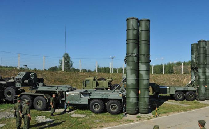 Giữa lúc căng thẳng với Trung Quốc, Ấn Đội hối thúc Nga chuyển giao sớm S-400