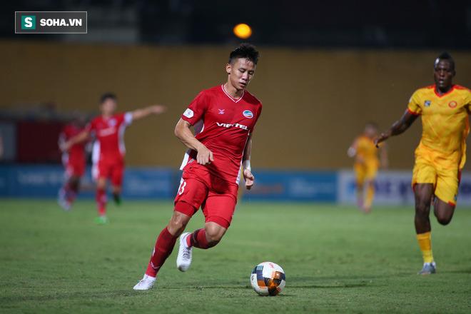 Đại gia mới nổi ở V.League vung tiền mời gọi đội trưởng tuyển Việt Nam với mức lương cao kỷ lục - Ảnh 1.