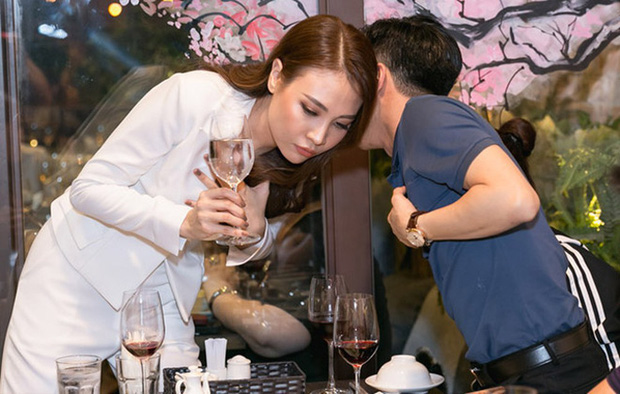 Nhóc tỳ nhà Cường Đô La - Đàm Thu Trang chưa sinh ra đã ngậm thìa... kim cương: Nhìn gia thế, tài sản cực khủng của bố mẹ là rõ - Ảnh 14.