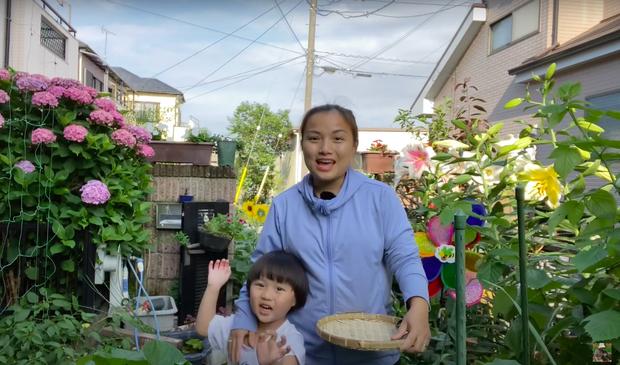 Vừa bị người xem phàn nàn về các thay đổi lạ trong vlog, Quỳnh Trần JP lập tức có động thái hồi đáp khiến dân tình bất ngờ - Ảnh 7.