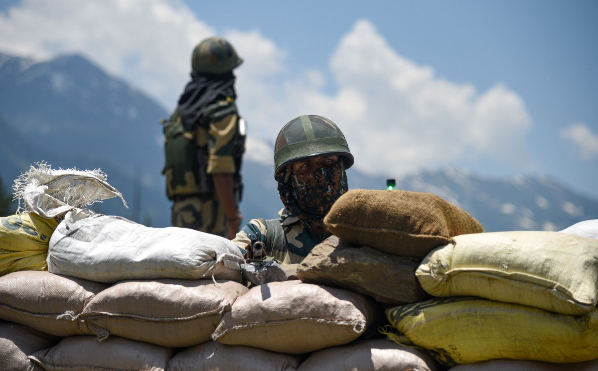 Tướng TQ cảnh báo Ấn Độ: Nếu xâm phạm TQ thì sẽ chịu cảnh đứng đến mà nằm về