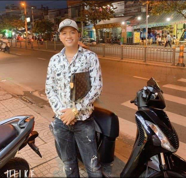 Truy tìm kẻ chủ mưu trong vụ giang hồ áo cam đập phá, chém người tại quán ốc ở Sài Gòn - Ảnh 1.