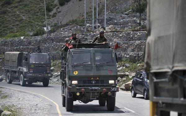 Trung Quốc né trách nhiệm, Ấn Độ đẩy mạnh phòng không biên giới