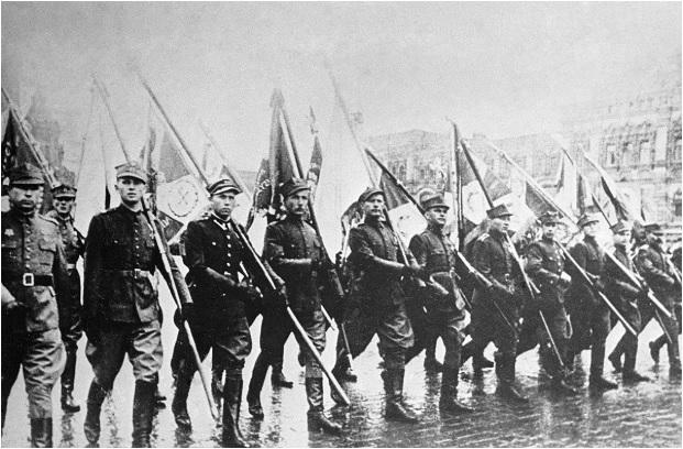 1 tháng chuẩn bị, ngày trọng đại mưa xối xả: Lễ duyệt binh Ngày Chiến thắng hoành tráng nhất lịch sử Liên Xô - Ảnh 5.