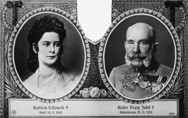 Số phận của vị hoàng hậu đẹp nhất châu Âu: Bị mang danh cướp chồng của chị gái, bước vào lồng son là một chuỗi những bi kịch đau đớn - Ảnh 6.