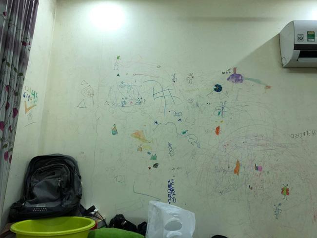 Cho con thoải mái vẽ tranh trừu tượng lên tường, bố mẹ giờ đây chỉ biết khóc thét, lên mạng tìm người cùng cảnh ngộ - Ảnh 6.