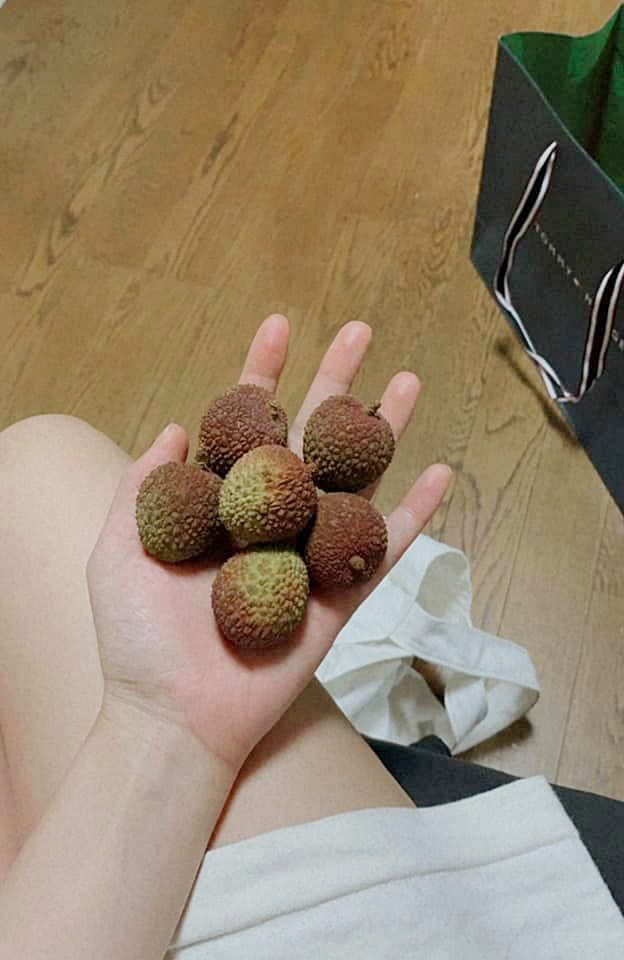 Siêu thị tại Nhật bán 120.000 đồng được 7 quả vải, shop online Nhật rao bán cả hạt vải với giá cao - ảnh 1