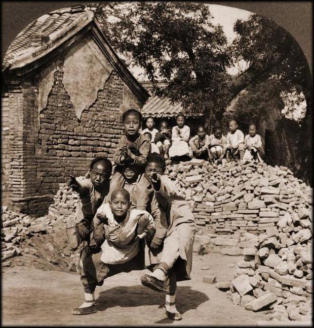Loạt ảnh phản ánh chân thật cuộc sống người Trung Quốc trong giai đoạn biến động từ cuối thời nhà Thanh đến thời Dân Quốc - Ảnh 6.