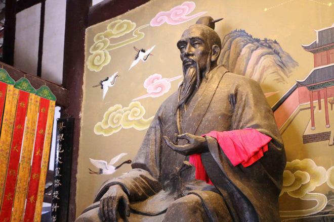 Báo ứng bi thảm của hai nhà tiên tri nổi danh Trung Hoa dám cả gan tiết lộ thiên cơ - Ảnh 5.