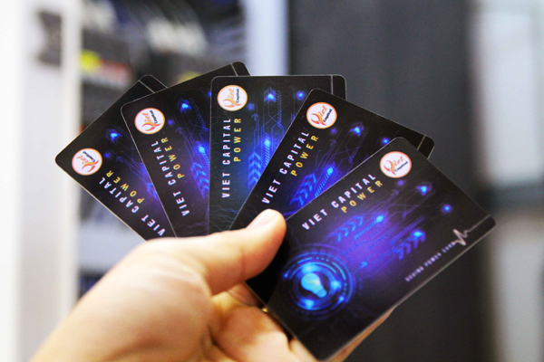 Sự thật về chiếc thẻ giúp giảm 30% tiền điện mỗi tháng - Ảnh 1.