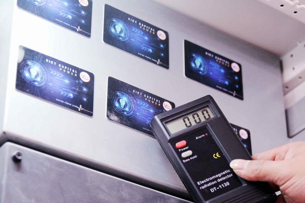 Sự thật về chiếc thẻ giúp giảm 30% tiền điện mỗi tháng - Ảnh 2.