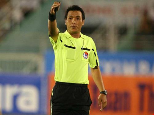 Bị... nghi làm độ, trọng tài FIFA của Việt Nam tự treo còi - Ảnh 1.