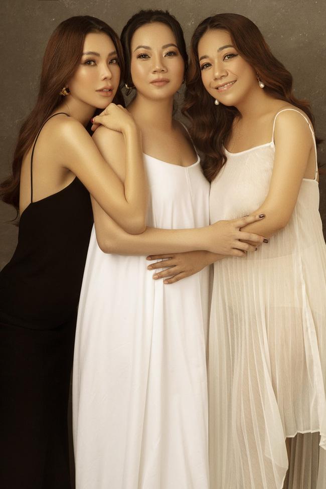 Trà Ngọc Hằng lần đầu khoe 2 chị gái, liệu nhan sắc có xinh đẹp như cô em? - Ảnh 4.