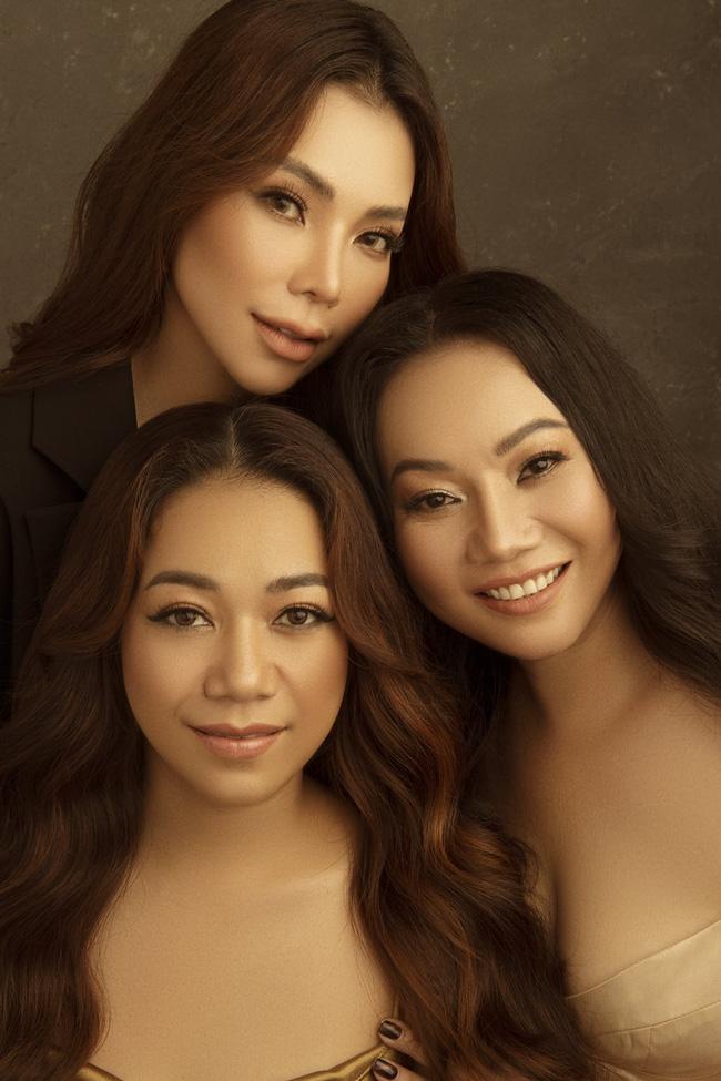 Trà Ngọc Hằng lần đầu khoe 2 chị gái, liệu nhan sắc có xinh đẹp như cô em? - Ảnh 9.