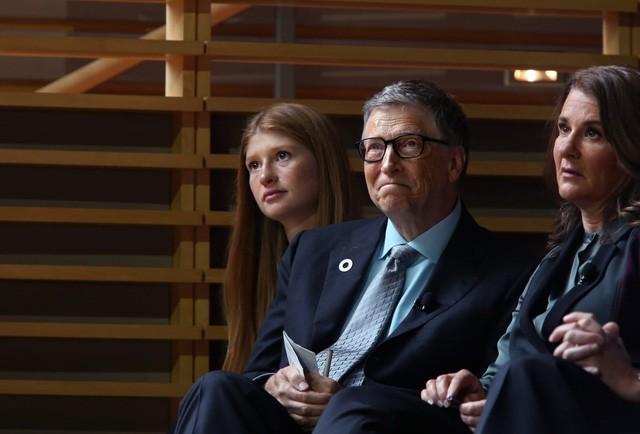 Ái nữ nhà Bill Gates tiết lộ đặc quyền to lớn dù không được thừa kế tài sản trăm tỷ USD của cha mẹ - Ảnh 1.