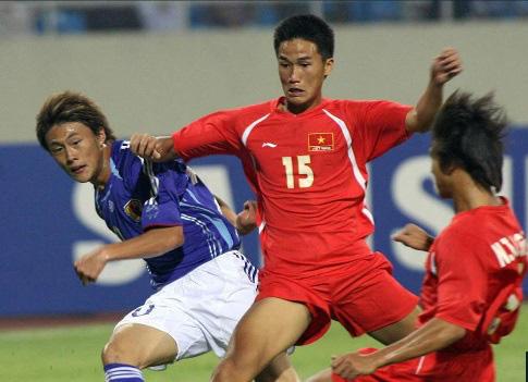 9 tài năng bóng đá Việt chóng nở sớm tàn gây luyến tiếc - Ảnh 1.