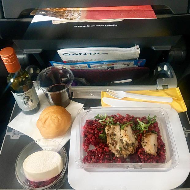 """Những hãng hàng không có suất ăn máy bay còn """"xịn"""" hơn nhà hàng 5 sao, 1 cái tên của Việt Nam cũng góp mặt trong danh sách - Ảnh 15."""