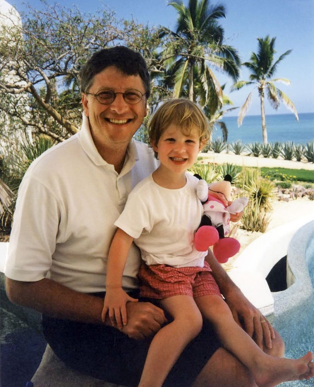 Ái nữ nhà Bill Gates tiết lộ đặc quyền to lớn dù không được thừa kế tài sản trăm tỷ USD của cha mẹ - Ảnh 3.