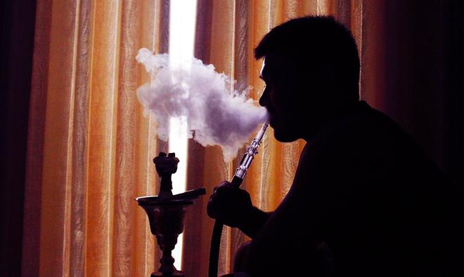 Bất kể hình thức: Hút thuốc lá điếu, thuốc lá điện tử hay shisha đều phá hủy mạch máu và gây ung thư phổi - Ảnh 3.