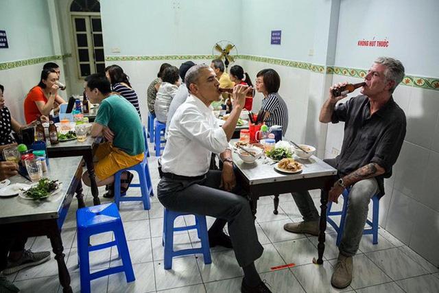 Số phận của những quán ăn Việt sau khi được các Tổng thống Mỹ ghé thăm đều thay đổi đến bất ngờ, nhưng gây tranh cãi nhất là hàng bún chả Obama - Ảnh 24.