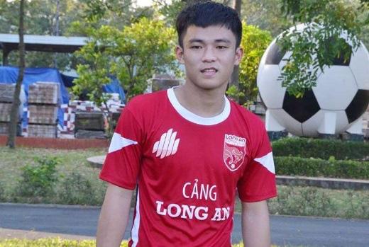 9 tài năng bóng đá Việt chóng nở sớm tàn gây luyến tiếc - Ảnh 7.
