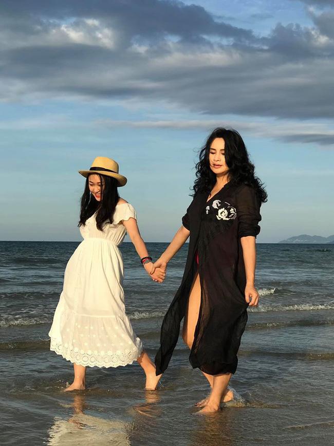 Vẻ xinh xắn đậm chất tiểu thư của con gái diva Thanh Lam và nhạc sĩ Quốc Trung - Ảnh 9.