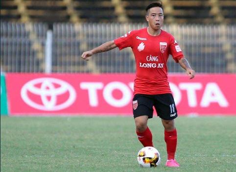 9 tài năng bóng đá Việt chóng nở sớm tàn gây luyến tiếc - Ảnh 9.