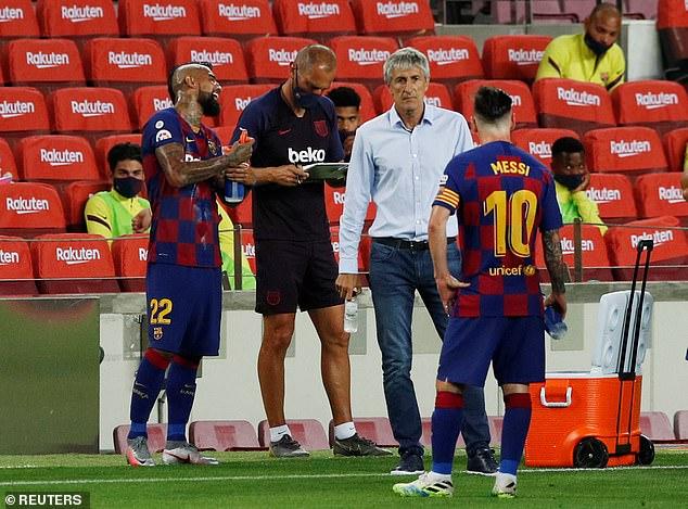 Bruno Fernandes giúp Man United đại thắng; Messi còng lưng không gánh nổi Barcelona - Ảnh 8.