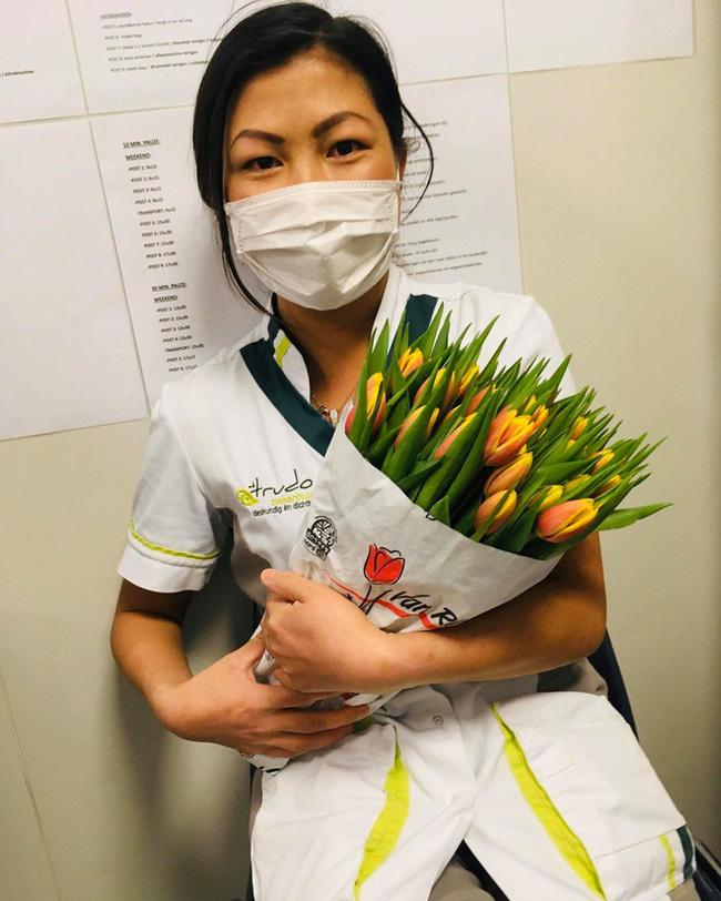 Cô gái Hmong nói tiếng Anh như gió Lò Thị Mai khoe ảnh cuộc sống tươi vui ở Bỉ, tiết lộ bị nhiều người xem thường hậu ly hôn - Ảnh 2.