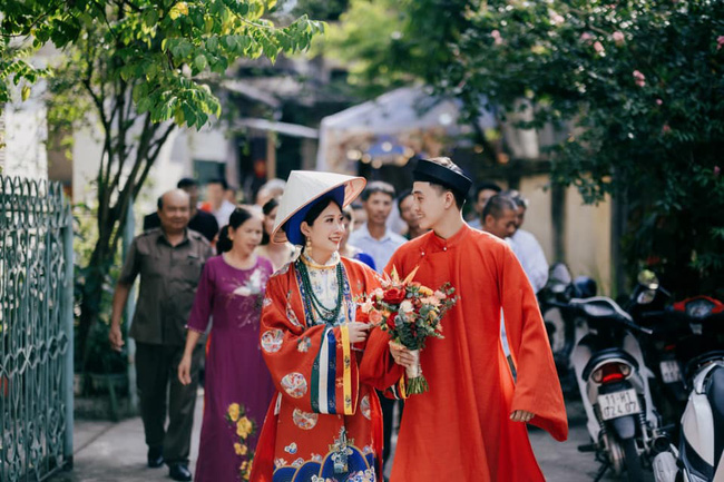 Bộ ảnh cưới cực độc đáo của cặp đôi Cao Bằng nhận bão like chỉ sau 2 giờ đăng tải, chiêm ngưỡng từng tiểu tiết nhỏ mới thấy quá chất - Ảnh 3.