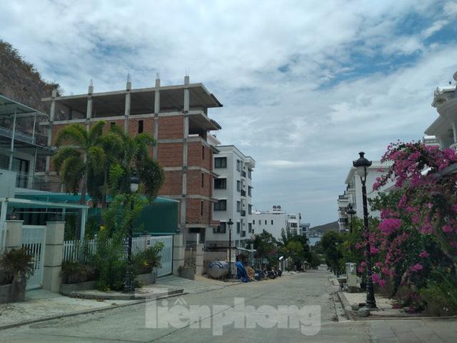 Đến thời hạn, 13 biệt thự vượt tầng dự án Ocean View Nha Trang vẫn chưa bị cưỡng chế - Ảnh 5.