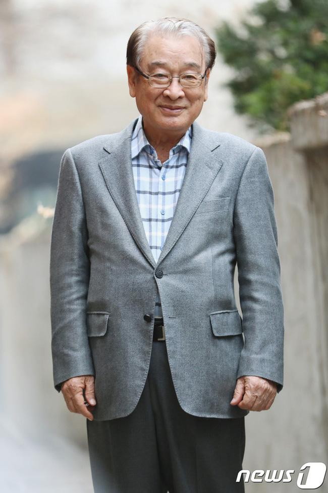Ông nội quốc dân Lee Soon Jae: Từ tin đồn mê tín dị đoan truyền bá tà giáo cho tới việc bị tố ngược đãi người làm - Ảnh 5.