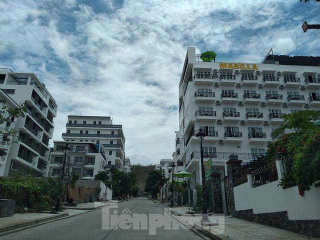Đến thời hạn, 13 biệt thự vượt tầng dự án Ocean View Nha Trang vẫn chưa bị cưỡng chế - Ảnh 6.