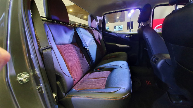 Nissan Navara bản đặc biệt 'siêu giới hạn' về Việt Nam, giá dự kiến 845 triệu đồng - Ảnh 9.