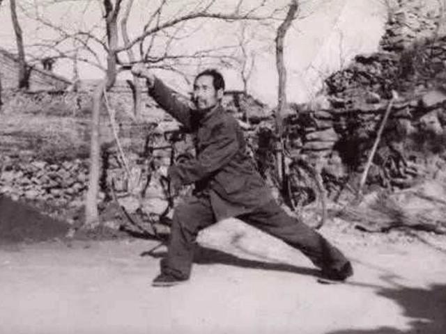 Võ sư có võ công siêu phàm tới mức đạn bắn không trúng, vượt xa Diệp Vấn, Hoàng Phi Hồng - Ảnh 4.