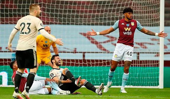 Truyền nhân Van Persie lập siêu phẩm, Man United tiếp đà thăng hoa bằng thắng lợi hủy diệt - Ảnh 1.