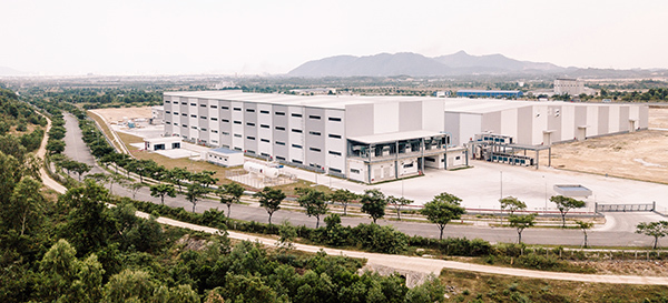 Đà Nẵng: Nhà máy sản xuất linh kiện hàng không vũ trụ giao lô hàng mẫu đầu tiên cho đối tác quốc tế - Ảnh 1.