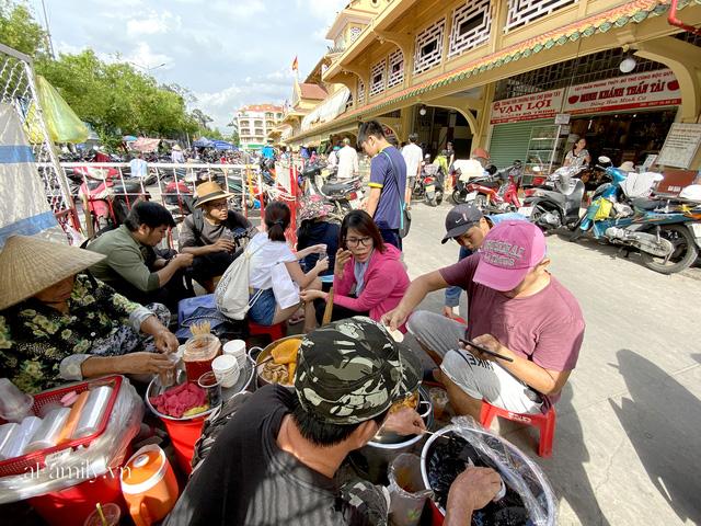 Hàng phá lấu 30 năm nổi tiếng đắt nhất Sài Gòn ở khu chợ Lớn nay đã vượt mốc hơn nửa triệu/kg, vẫn độc quyền mùi vị và khách tứ phương đều tìm tới ăn - Ảnh 5.