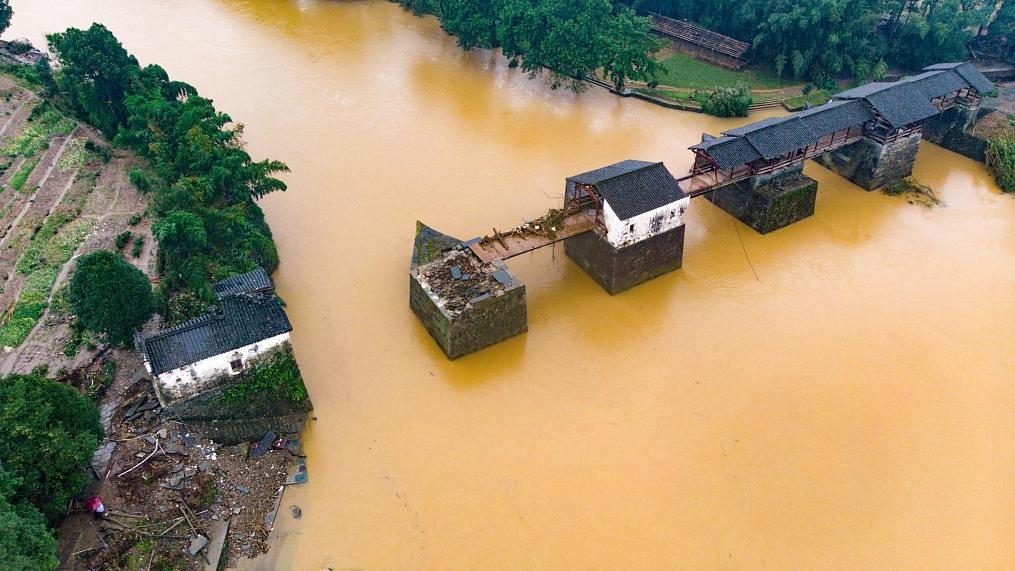 Trung Quốc: Vỡ 14 đê; lũ Trường Giang chảy ngược vào hồ nước ngọt lớn nhất - Đại hồng thủy xuất hiện! - Ảnh 2.