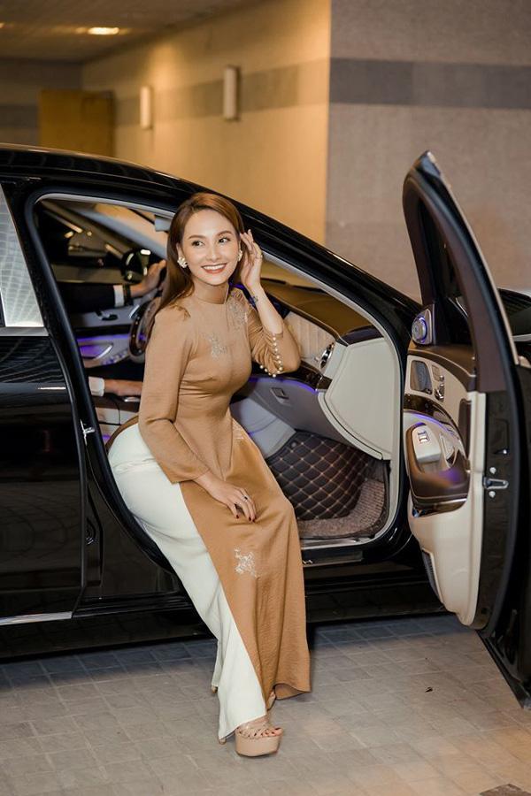 Cuộc sống giàu, nhan sắc xinh đẹp của Bảo Thanh, Phương Oanh - 2 nữ diễn viên vừa tuyên bố sẽ nghỉ đóng phim  - Ảnh 2.