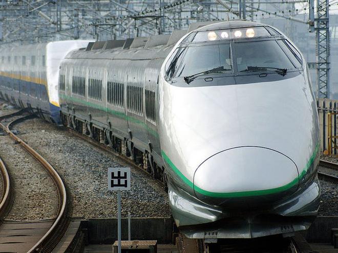 Cùng nhìn lại lịch sử hoạt động của tàu siêu tốc Shinkansen, niềm tự hào Nhật Bản với phiên bản mới nhất có thể chạy ngon ơ ngay cả khi động đất - Ảnh 24.