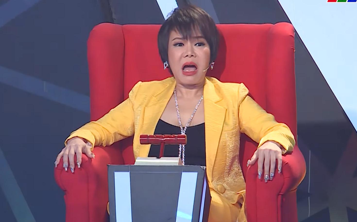 Việt Hương nổi cáu, nói thẳng mặt thí sinh vì diễn dở