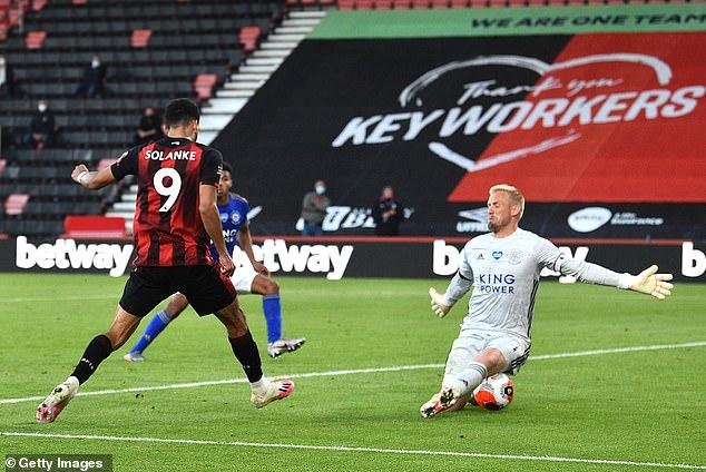 Đại địch chịu thất bại không tưởng, top 4 Premier League nằm trong tay Man United - Ảnh 3.