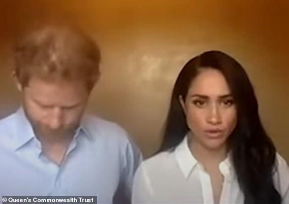 4 bằng chứng cho thấy Meghan Markle đang thao túng chồng khiến hoàng gia cũng đành bất lực - Ảnh 2.