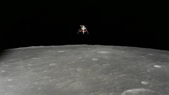 Nhờ chàng trai trẻ 25 tuổi phát hiện ra công tắc đến chuyên gia còn không biết, sứ mệnh Apollo 12 của NASA mới không biến thành thảm kịch - Ảnh 3.