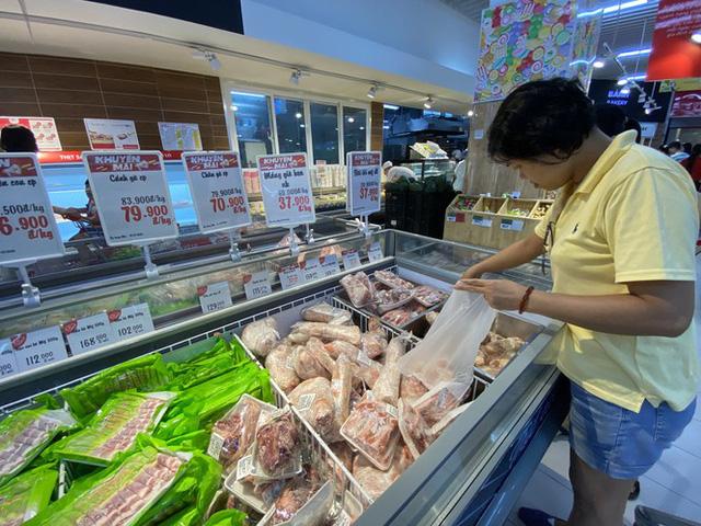 9.000 con lợn sống Thái Lan về Việt Nam bán ở đâu? - Ảnh 3.
