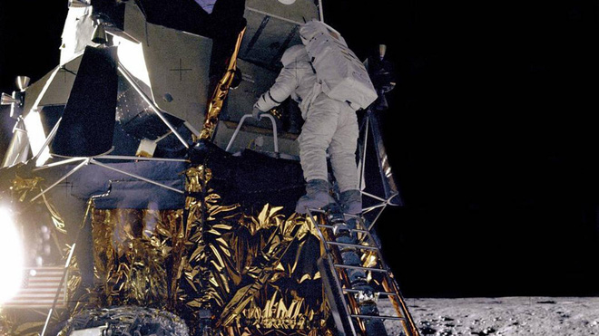 Nhờ chàng trai trẻ 25 tuổi phát hiện ra công tắc đến chuyên gia còn không biết, sứ mệnh Apollo 12 của NASA mới không biến thành thảm kịch - Ảnh 4.