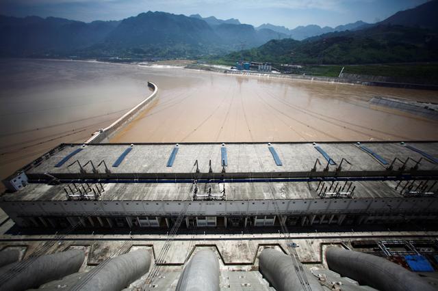 Lũ lụt lịch sử làm dấy lên nhiều nghi vấn về khả năng chống lũ của đập Tam Hiệp - Ảnh 1.