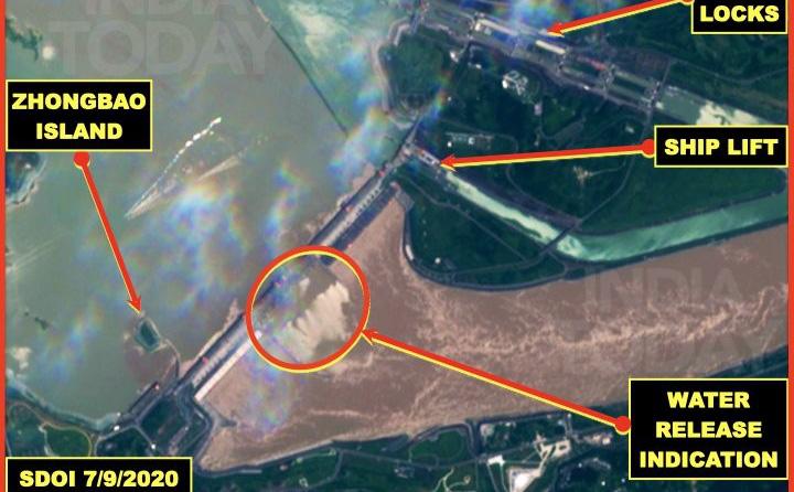 """Đại tá Ấn Độ: Ảnh vệ tinh cho thấy TQ có thể đã đưa ra nhiều thông tin """"không đúng"""" về đập Tam Hiệp"""